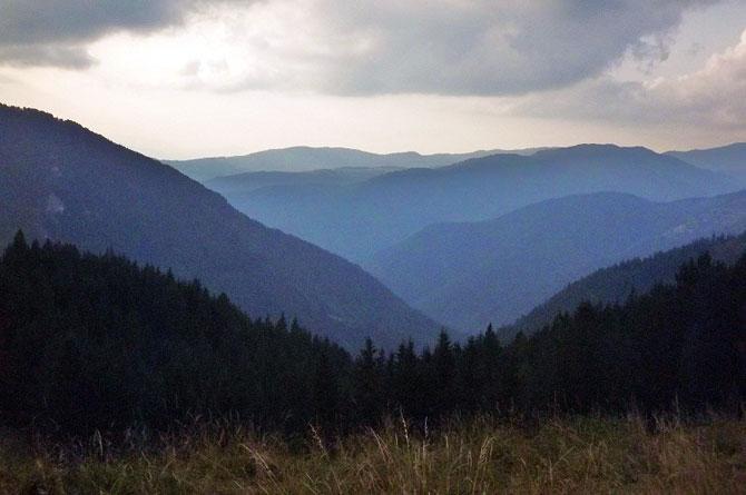 Горы в болгарии 6 букв