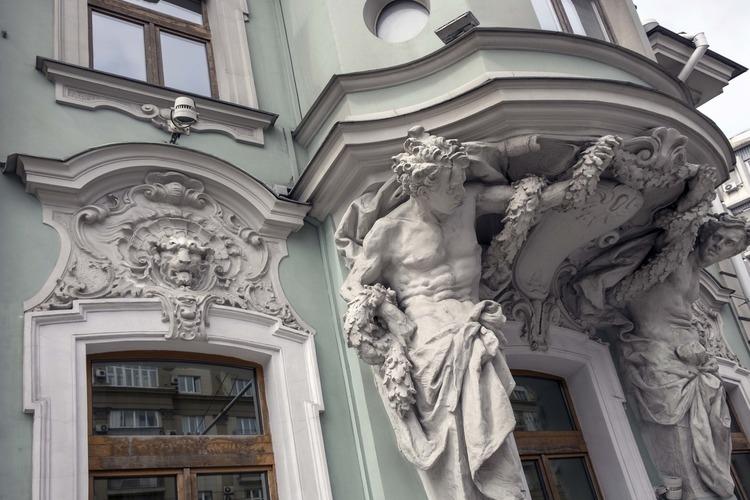Выставка Валерия Шевцова «Архитектурные шедевры Серебряного века»