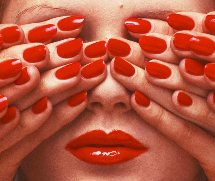 Выставка fashion-фотографа Ги Бурдена «Следуй замной»