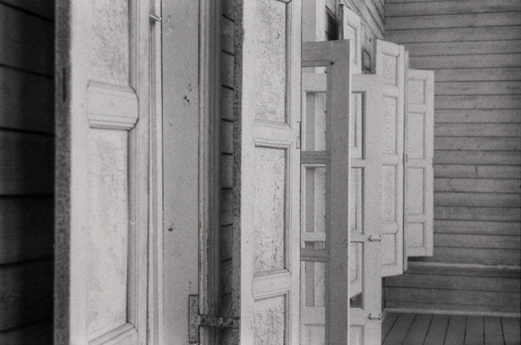 Выставка Дмитрия Горелышева «О тишине»