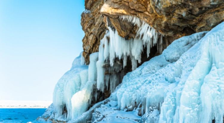 Фототур на хивусе «Узоры Байкальского льда»