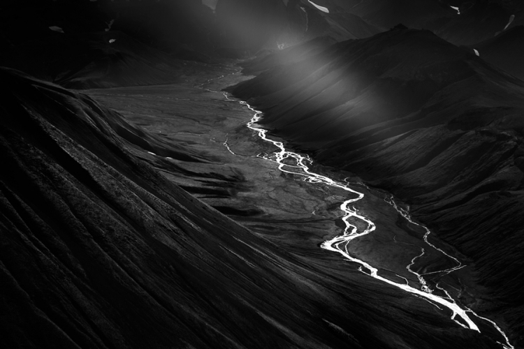 Фотоконкурс Monochrome Photography Awards 2018
