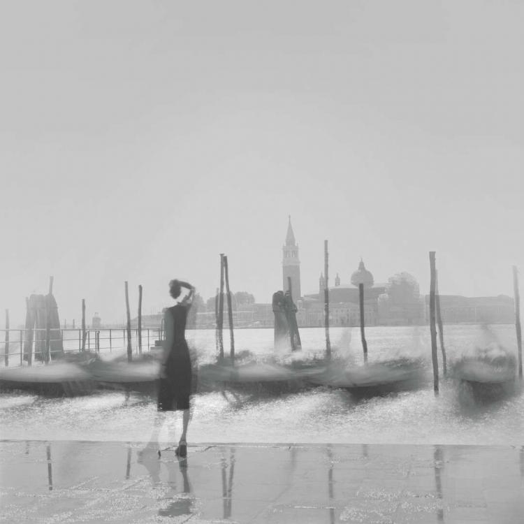 Выставка Алексея Титаренко «Город теней»